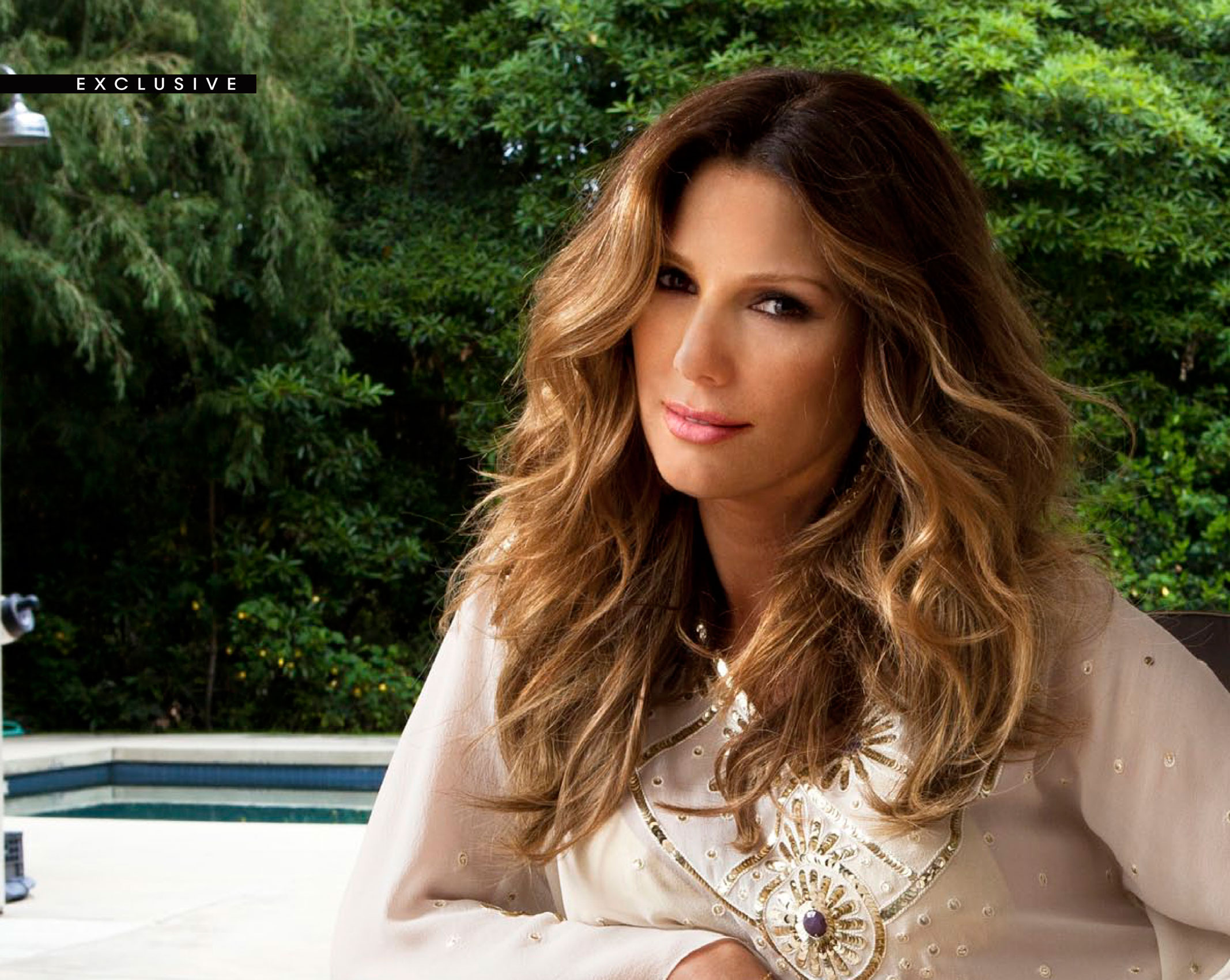 daisy fuentes completely nude